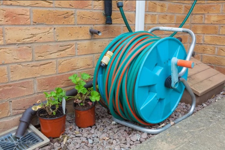 Choosing a Garden Hose Reel