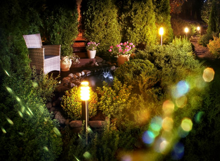 The Best Low Voltage Landscape Lighting for Perfect Decorating Your Outdoor Space